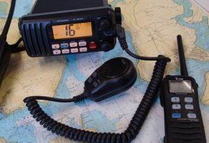 VHF radio set